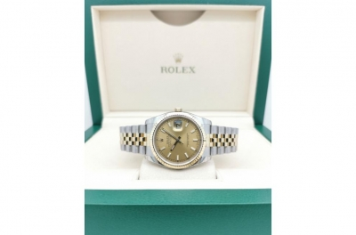 - Rolex Oyster Perpetual Datejust